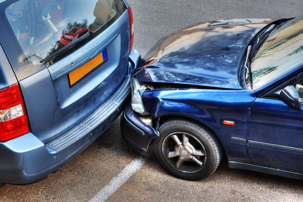 Cinci persoane au fost traumate în urma accidentelor rutiere