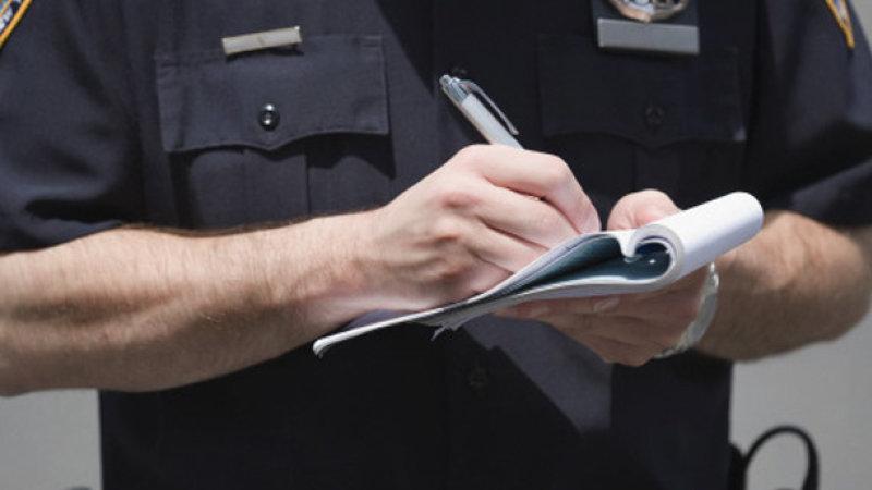 O persoană a fost amendată pentru chemarea intenționat falsă a Serviciului de Urgență