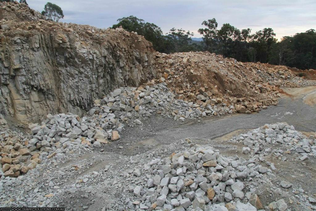 Doi tineri au fost striviți în urma prăbușirii unui mal de piatră