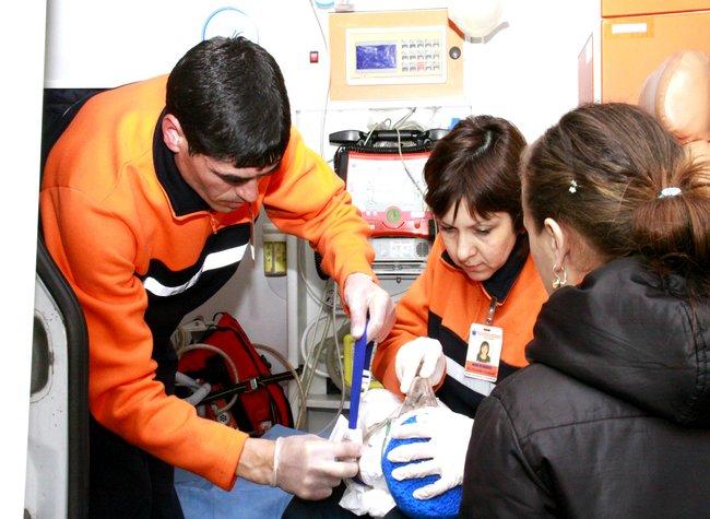 Medicii de urgență au salvat viața unui copil în vârstă de o lună