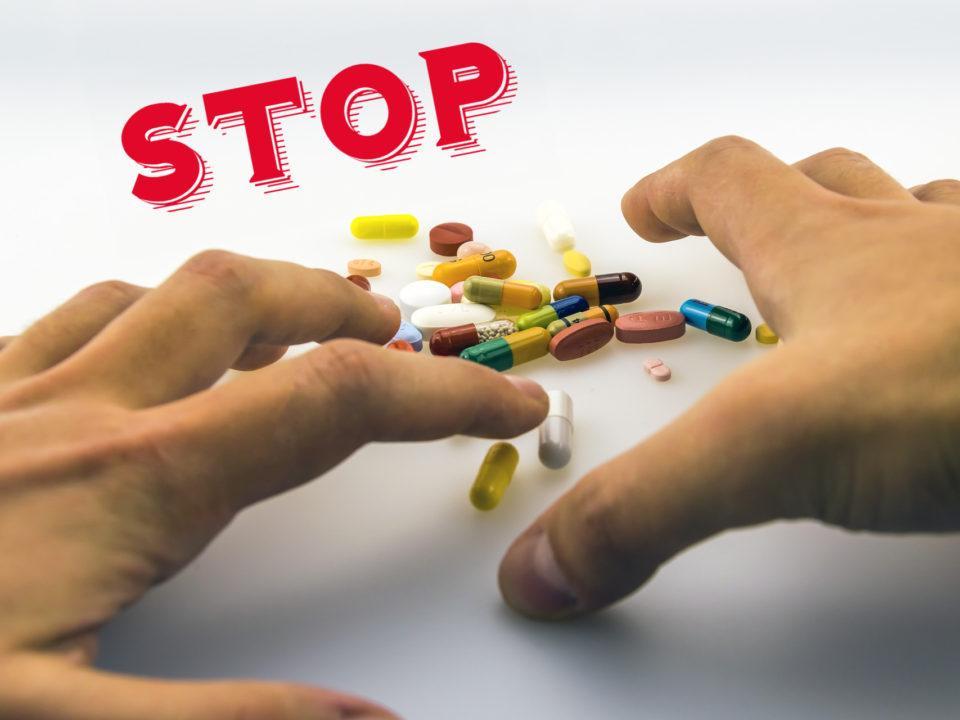 Consumul excesiv de medicamente vă poate distruge sănătatea