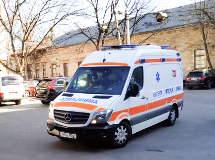 Peste 8000 de cetăţeni au solicitat ambulanţa în perioada 22-24 februarie