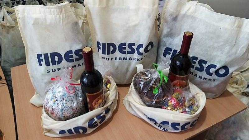 Cadouri din parte reprezentanților companiei FIDESCO