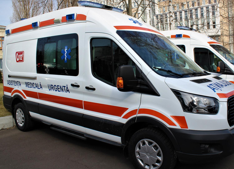 16 Substații de asistență medicală urgentă din țară au primit ambulanțe noi